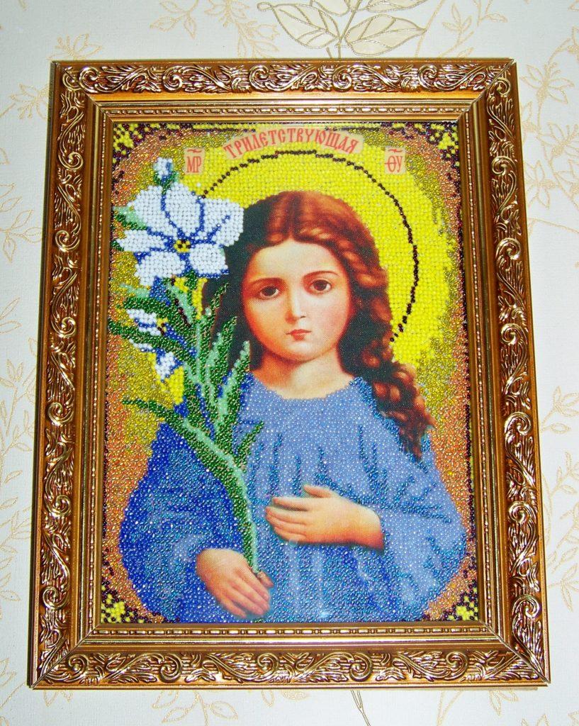 Иконы бисером Божией Матери Трилетствующая